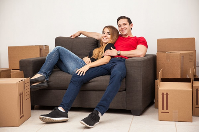 Tips for easy furniture removals - Easy to move couch ...